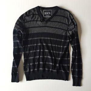 Men's Buckle Black & Grey Stripe Sweater Size M